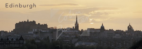 Edinburgh Castle & City Skyline, Edinburgh Postcard (H Pan CB)