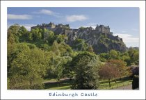 Edinburgh Castle & Princes Street Gardens, Edinburgh Postcard (H