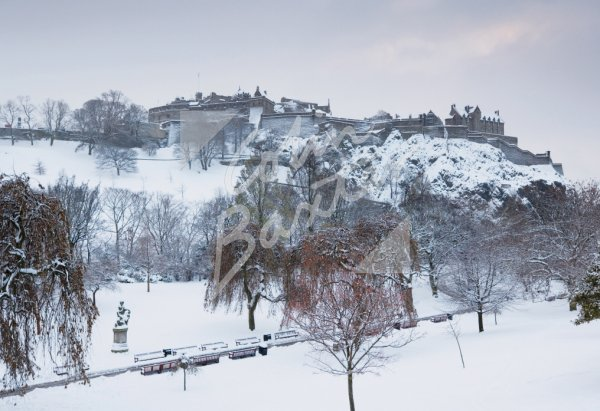 Edinburgh Castle & Princes Street Gardens (snowy), Edinburgh Pos