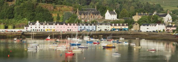 Portree Harbour, Isle of Skye Postcard (H Pan CB)