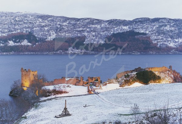 Urquhart Castle & Loch Ness in Snow Postcard (H Std CB)